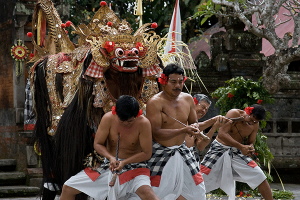 ubud day tour barong dance