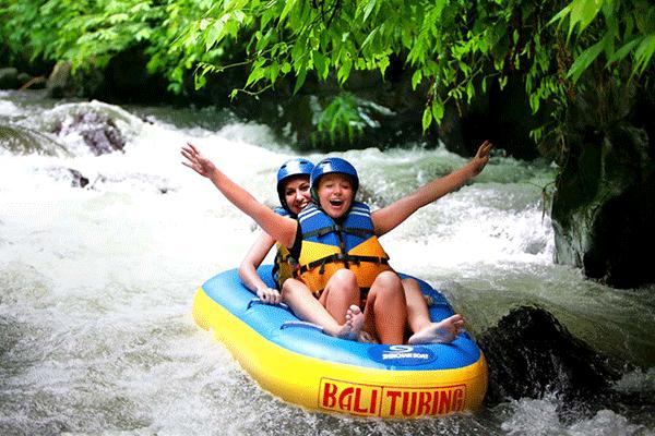 tubing-bali-river